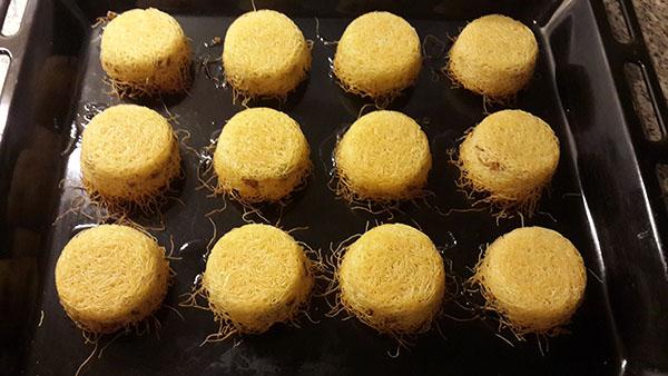 Muffin Kalıbında Cevizli Kadayıf Tatlısı