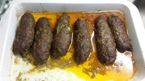 Köfte Mantolu Köz Patlıcan Kebabı